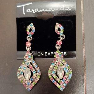 ⭐ Earrings. NWT.